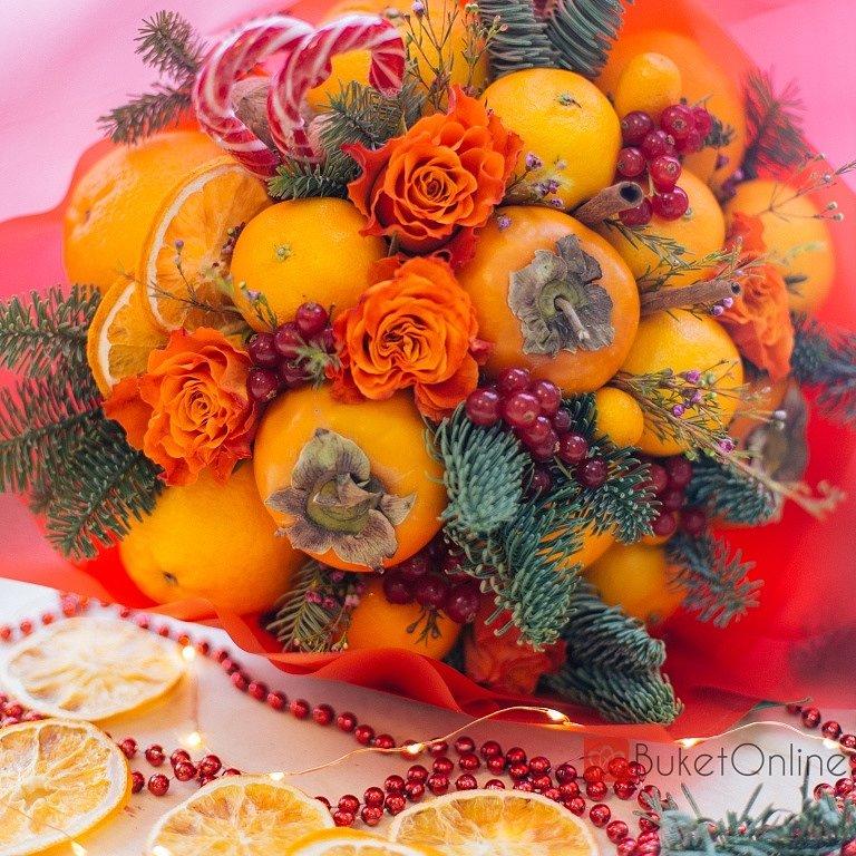 Букет с хурмой и розами